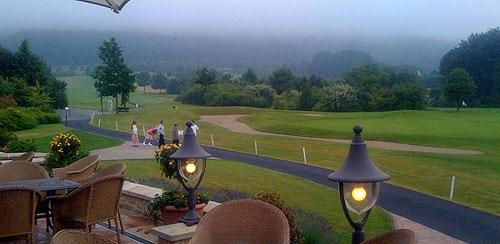 golfclubhochzeit.jpg