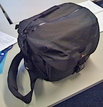lowepro_stealth_reporter_D550_AW_1.jpg
