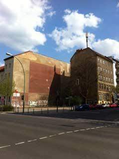 berlin-blauer-himmel.jpg